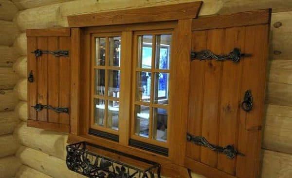 окна в доме шале