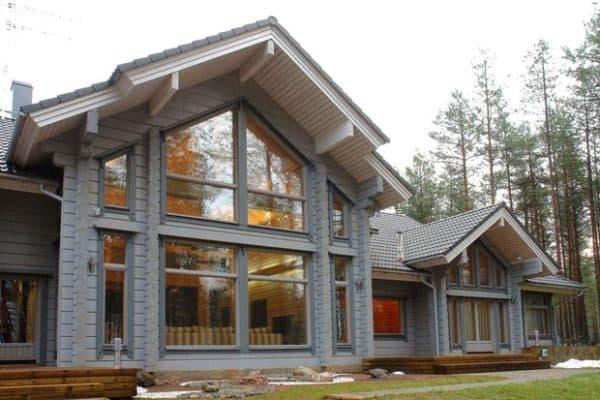 Финский дом с большими окнами