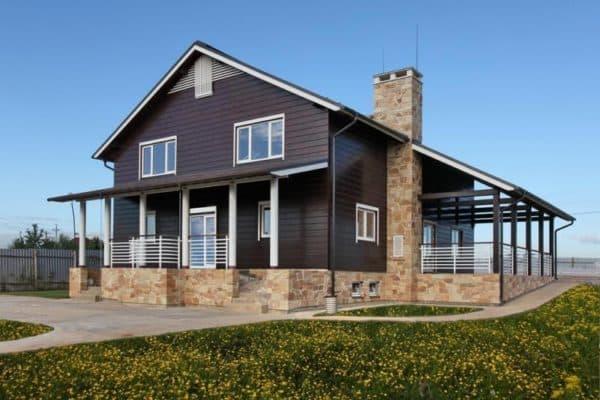 Фасад комбинированного дома