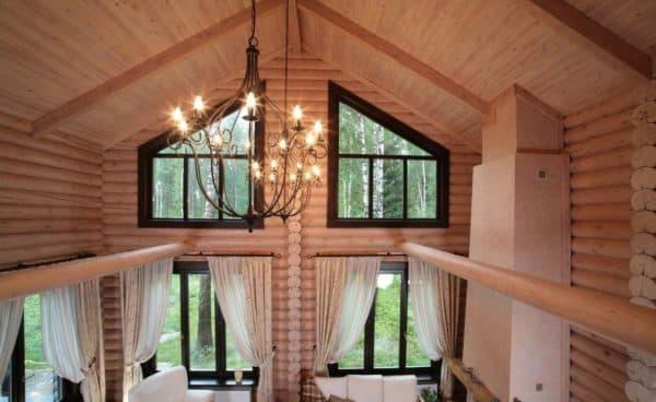 Дом со вторым светом из бруса