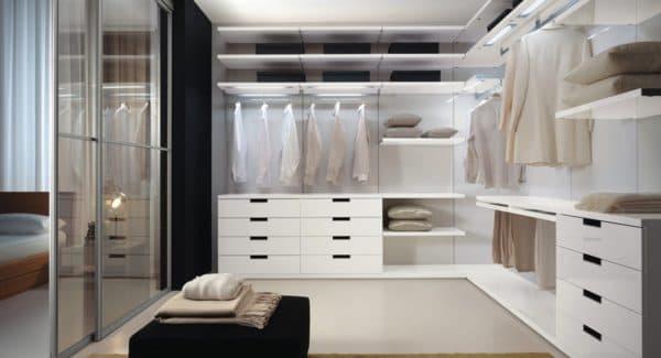 современный стиль гардеробной