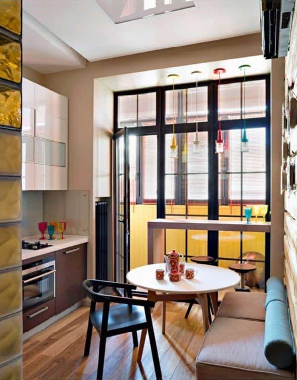 лоджия с кухней-гостиной