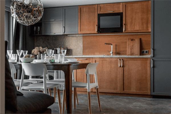 Кухня-гостиная 17 кв. м в эко-стиле