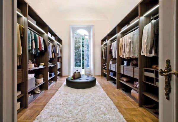 параллельная планировка гардеробной