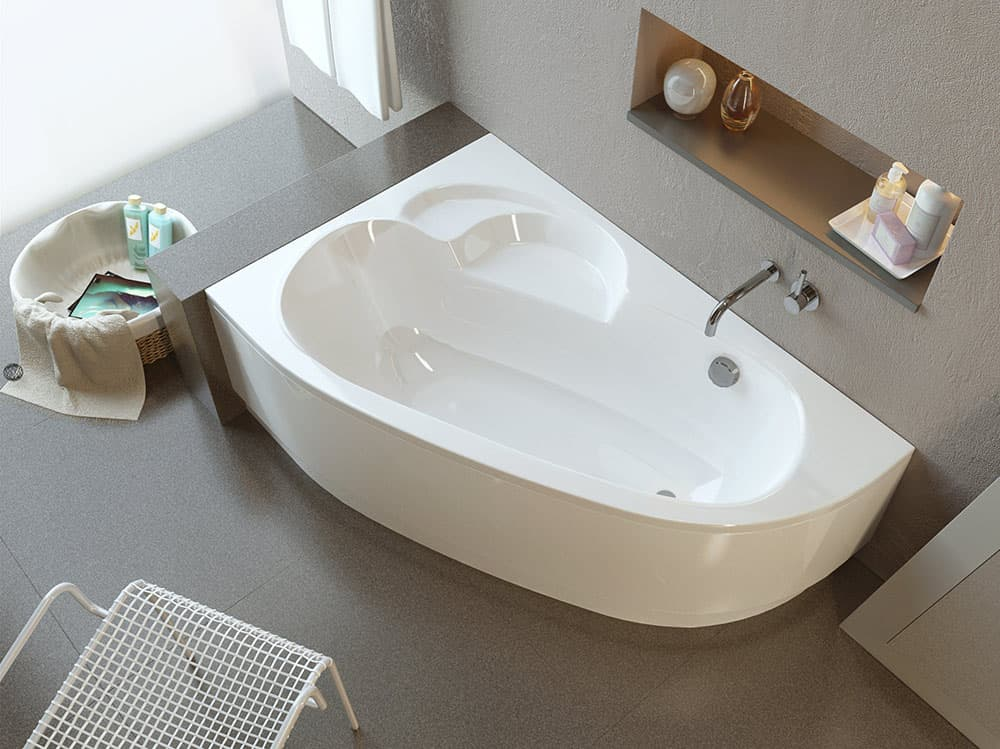 Угловая ванна в интерьере ванной комнаты