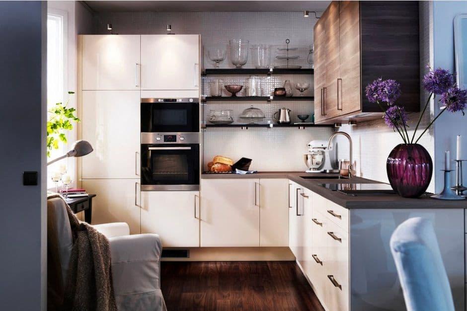Угловое расположение кухонного гарнитура