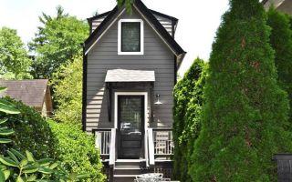 Особенности проектов узких домов: варианты планировки, размещение на участке, современные решения