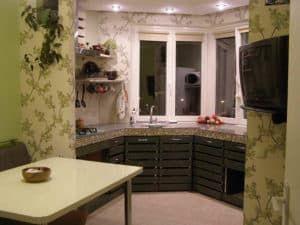Стильная кухня на балконе 2