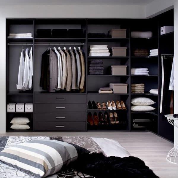 Линейная гардеробная в спальне_1