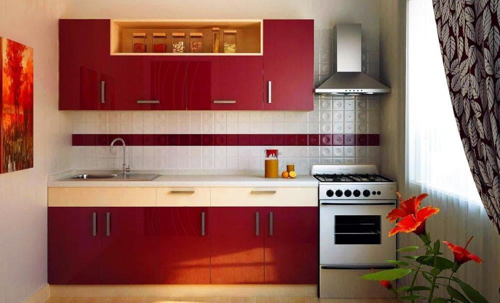 Кухня в красных тонах