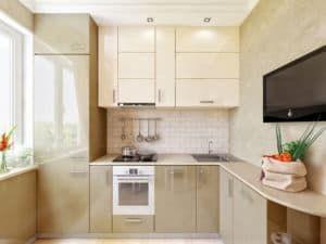 Бежевая маленькая кухня