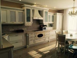 Классическая кухня для дома
