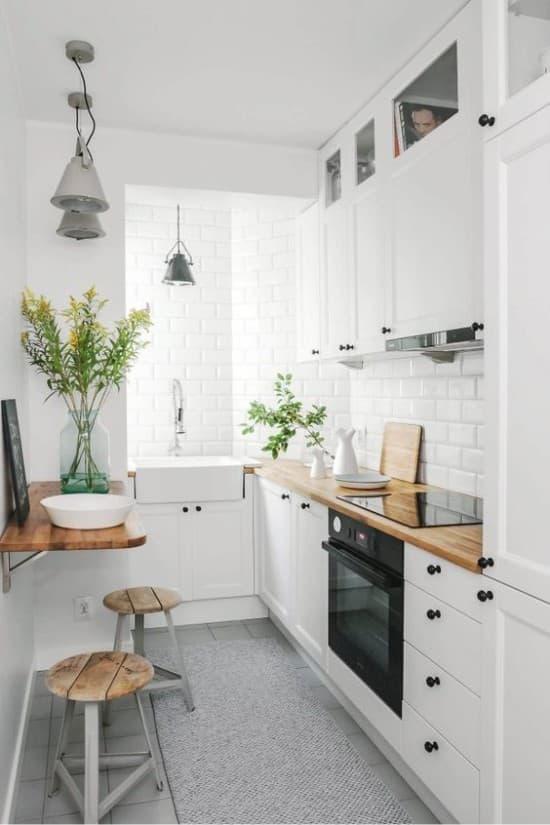 Консольная кухонная мебель