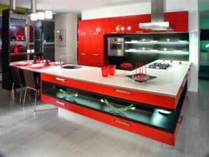 Кухонный гарнитур в стиле хай-тек 2