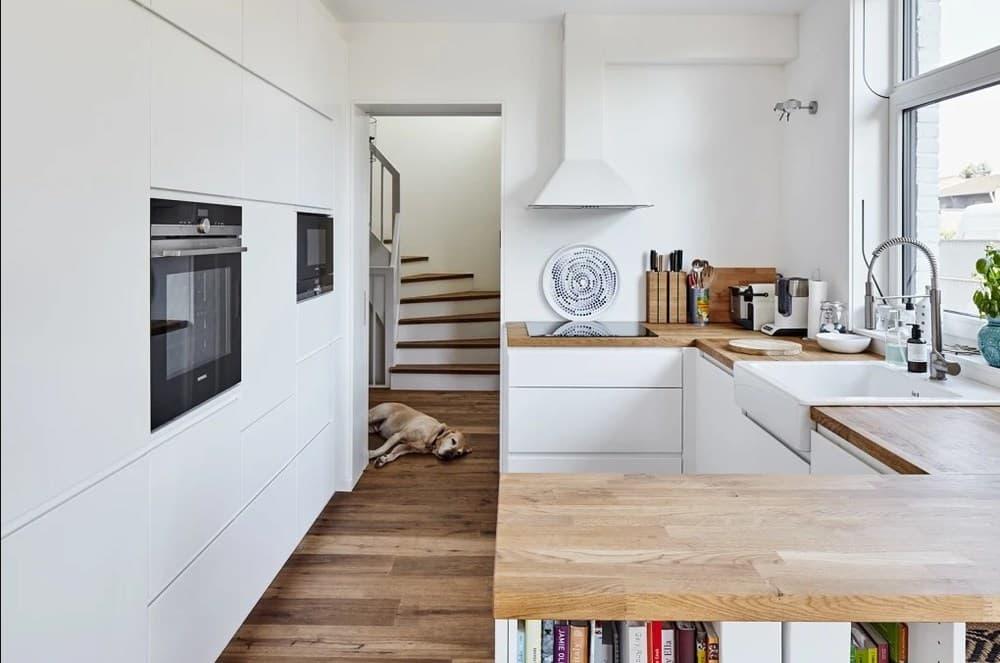 П-образная кухня в скандинавском стиле