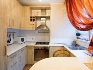 Фотопример дизайна кухни в хрущевке 2