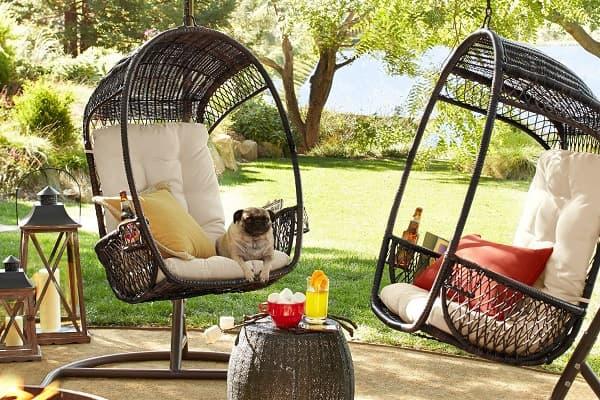 Качели или кресло-качалка